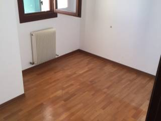 Photo - Terraced house 4 rooms, good condition, Arcade