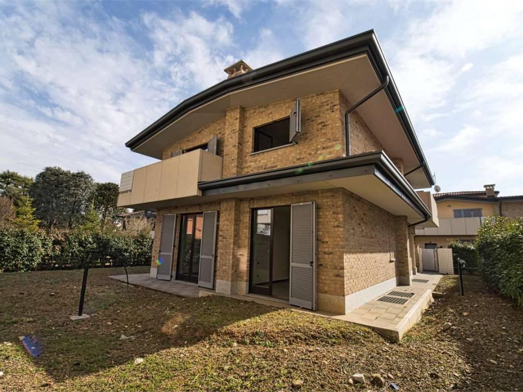 foto esterno Single family villa via dei tigli, 1, Limido Comasco
