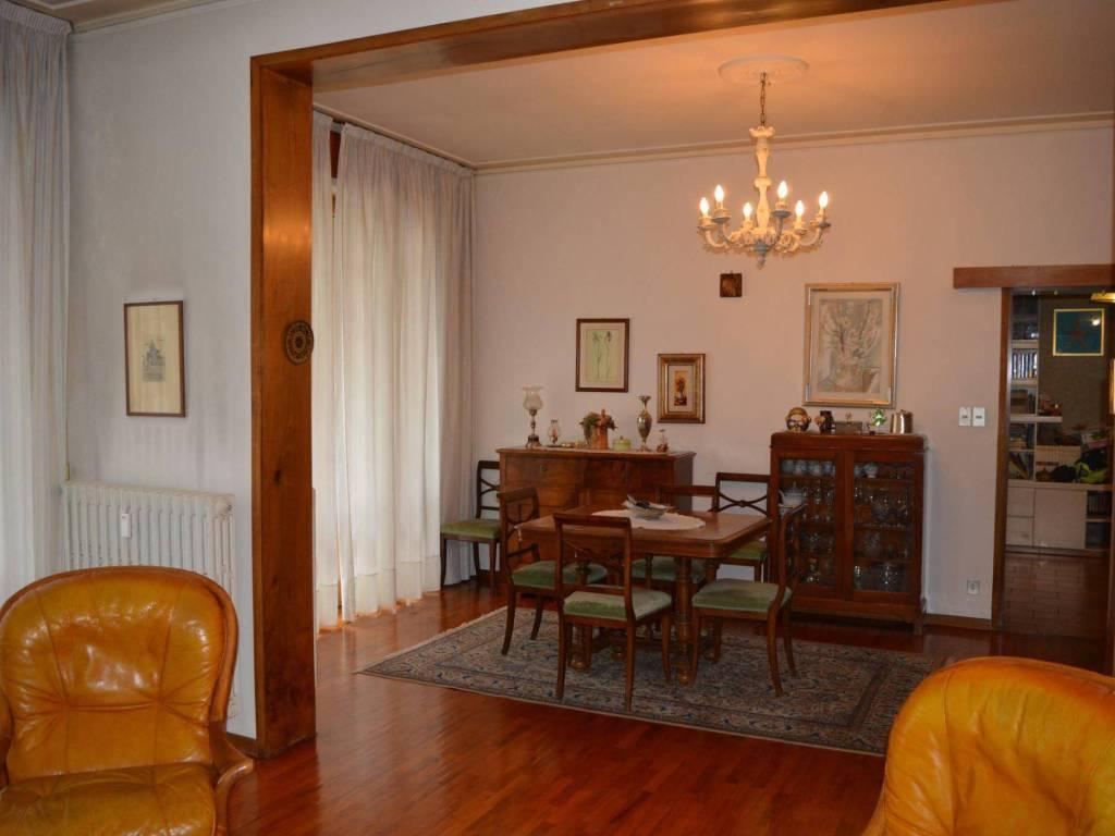 Vendita Appartamento In Via Raffaello Firenze Posto Auto