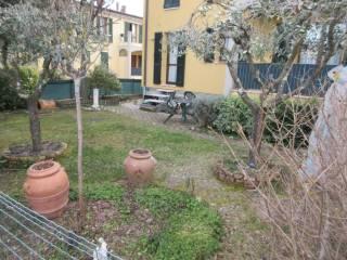 Photo - Terraced house via Molini 74, Villa Betti, Monteciccardo