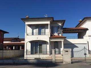 Foto - Villa bifamiliare via San Pio da Pietralcina, Comezzano-Cizzago