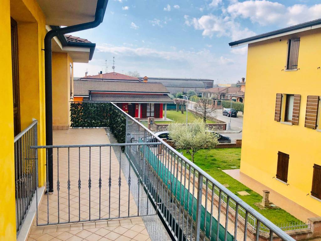 Ristorante Bagnolo San Vito : Vendita appartamento bagnolo san vito trilocale ottimo stato