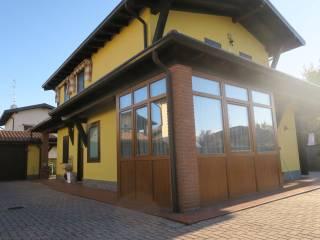 Foto - Villa unifamiliare via Giuseppe Verdi 5-a, Garbagna Novarese