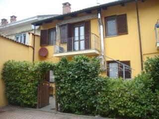 Photo - Terraced house via Camillo Benso di Cavour, Santena