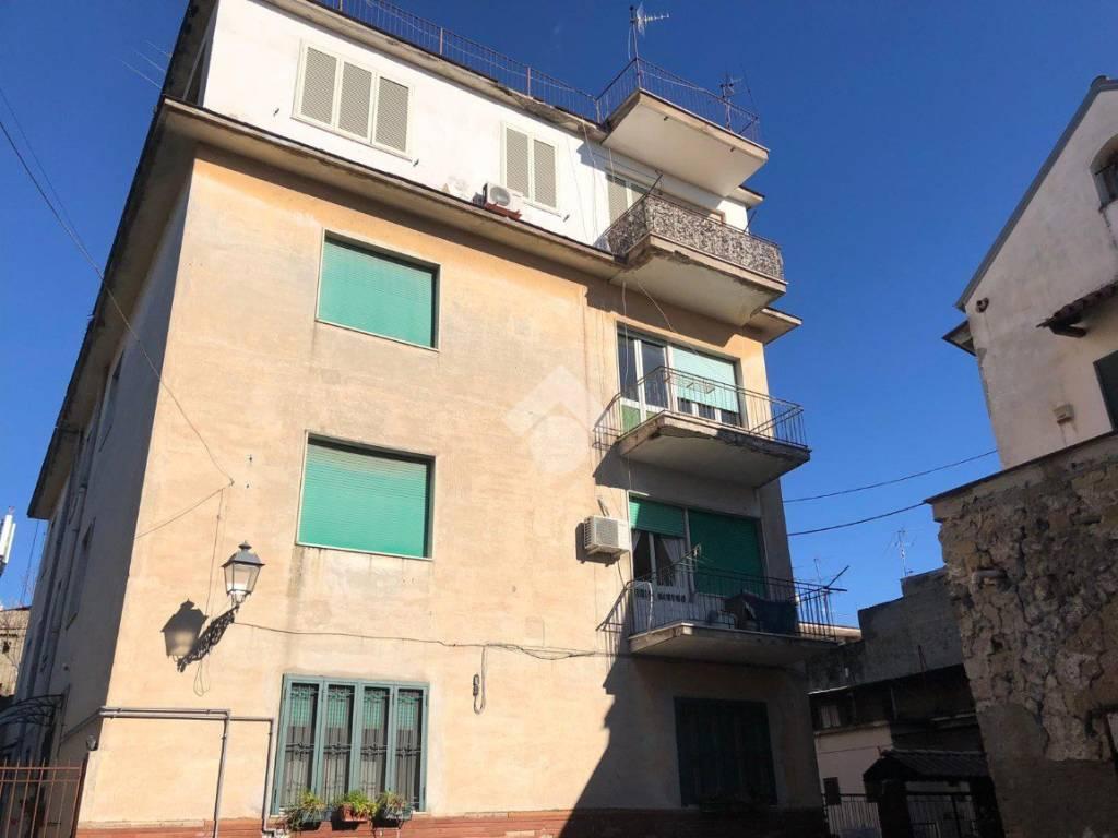 foto WhatsApp Image 2018-11-28 at 10.54.07 (1) Trilocale vicolo Santa Martella, Aversa