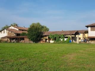 Foto - Cascina via Umberto I, Dovera