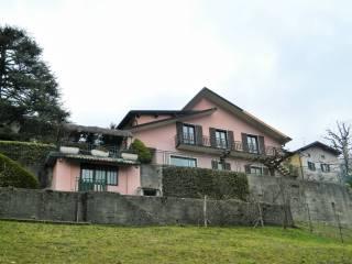Foto - Villa unifamiliare via Lauro, Blessagno