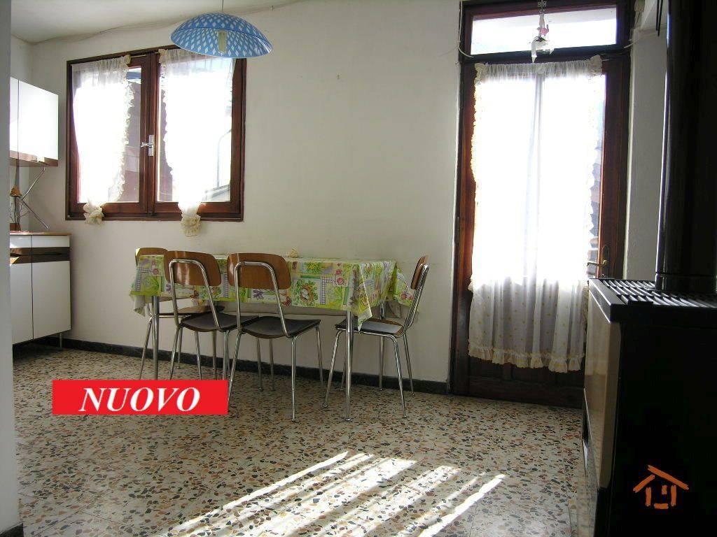 foto  2-room flat Rue C  Cugnod 16, Brusson