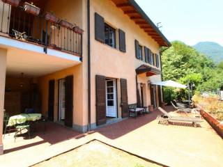 Foto - Villa unifamiliare via Villaggio Primavera, Brienno