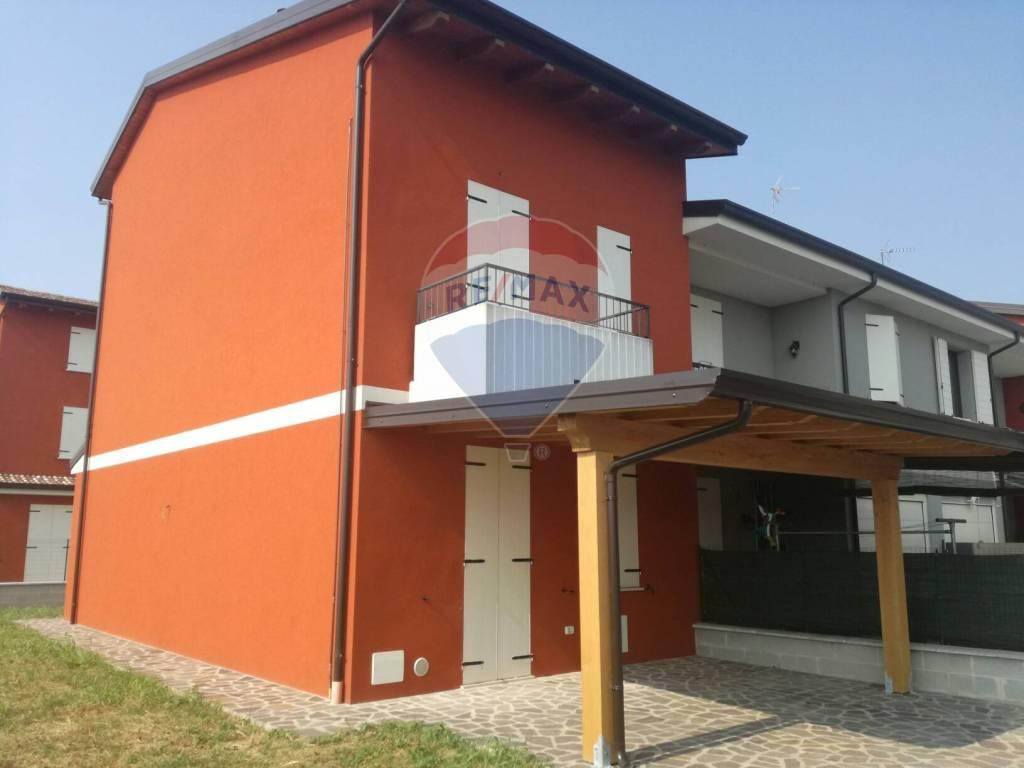 foto 1 Terraced house via Adda, Asola