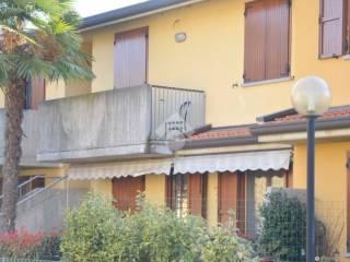 Foto - Trilocale via Divisione Acqui, Telgate
