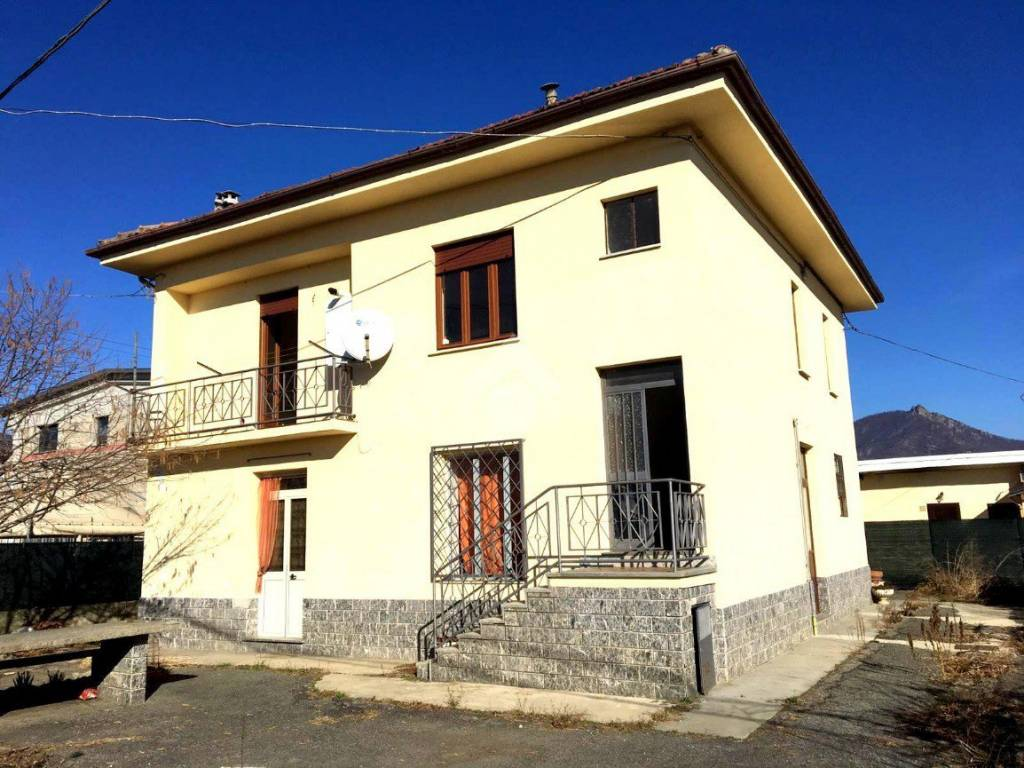 foto  Detached house 200 sq.m., Frossasco