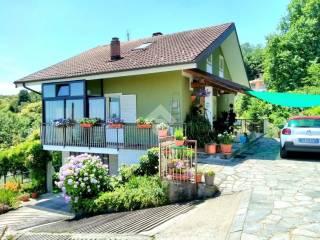 Photo - Single family villa, good condition, 210 sq.m., Roletto