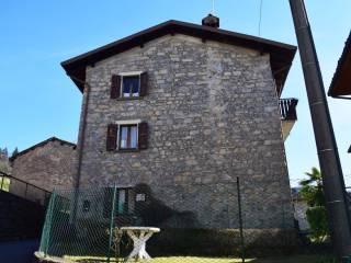 Photo - Building via Vescovo Orsetti, Costa Serina