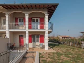 Foto - Villa a schiera via Caravaggio 2, Roccafranca