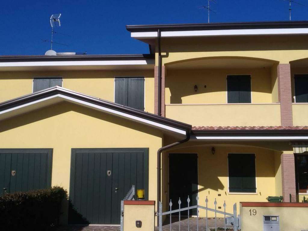 foto  Terraced house via Salvatore Carnevale 19, Curtatone