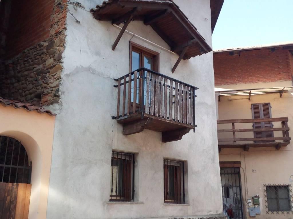 foto  Country house via Canavese 27, Balangero