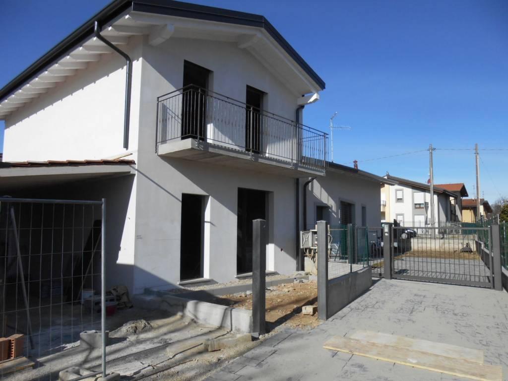 foto  Villa bifamiliare via per Appiano, Bulgarograsso