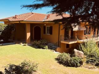 Foto - Villa unifamiliare via Giuseppe Parini 10, Longone al Segrino
