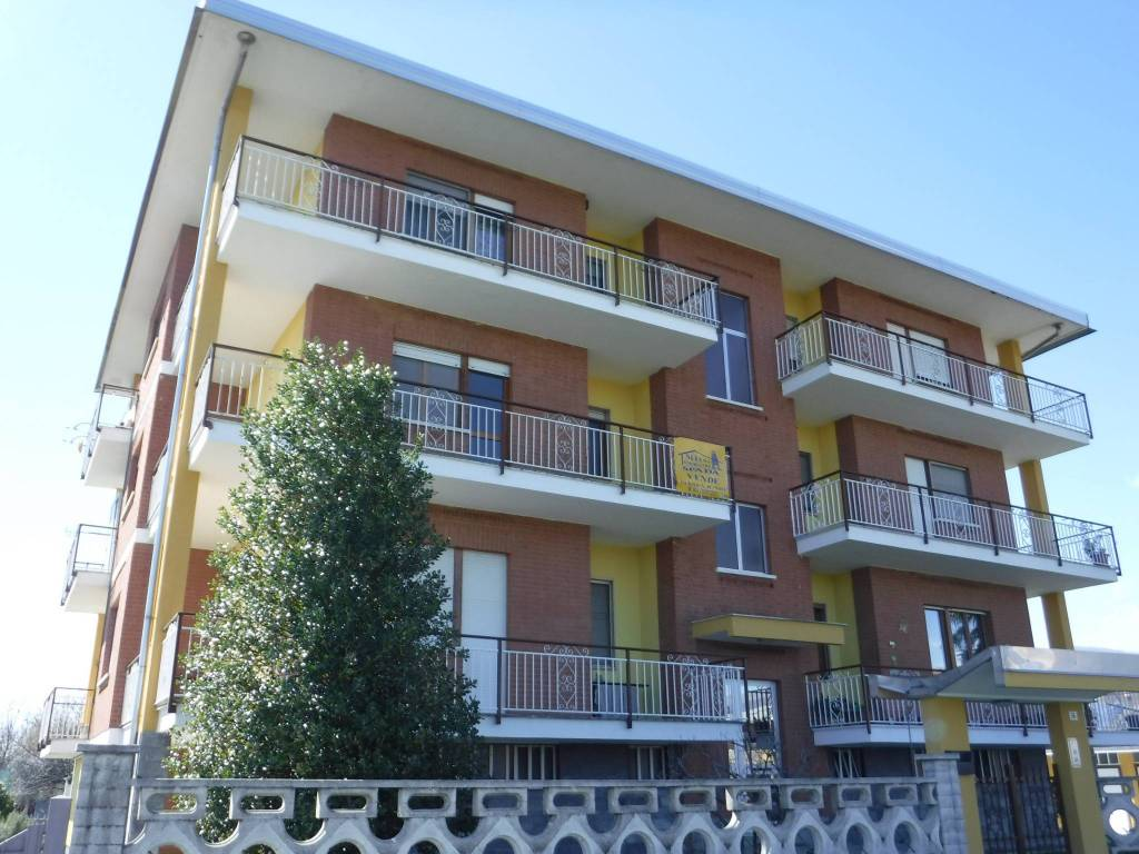 foto fronte 4-room flat via A  Chiappè 36, Nole