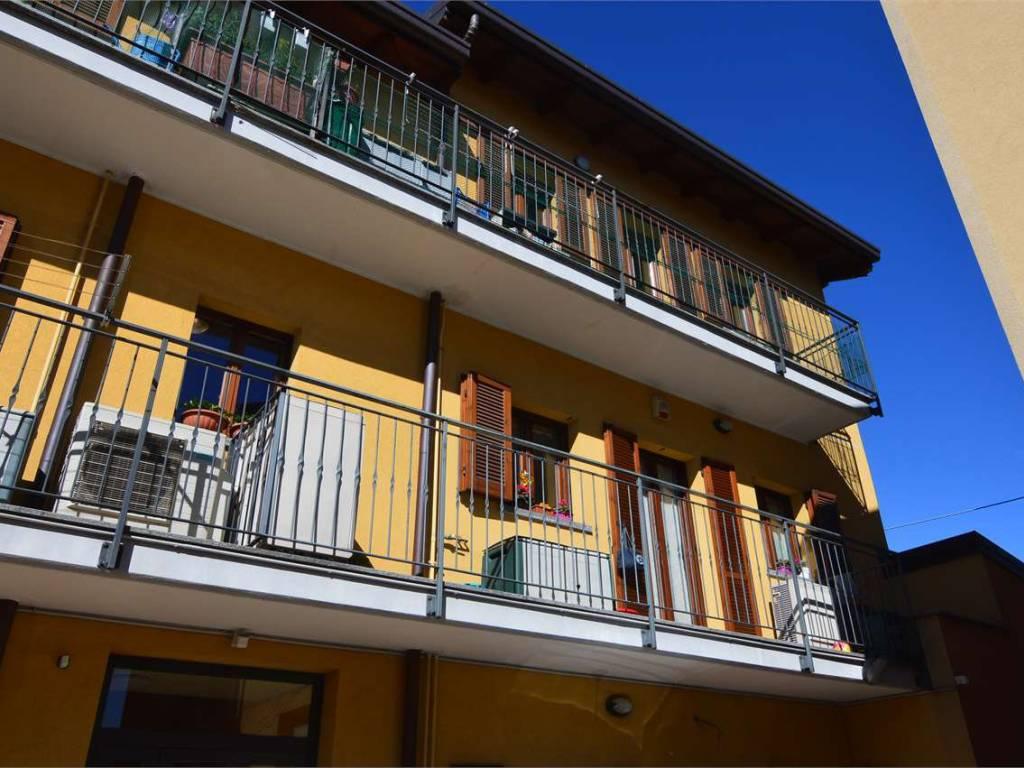 foto esterno Trilocale via roma, Limido Comasco