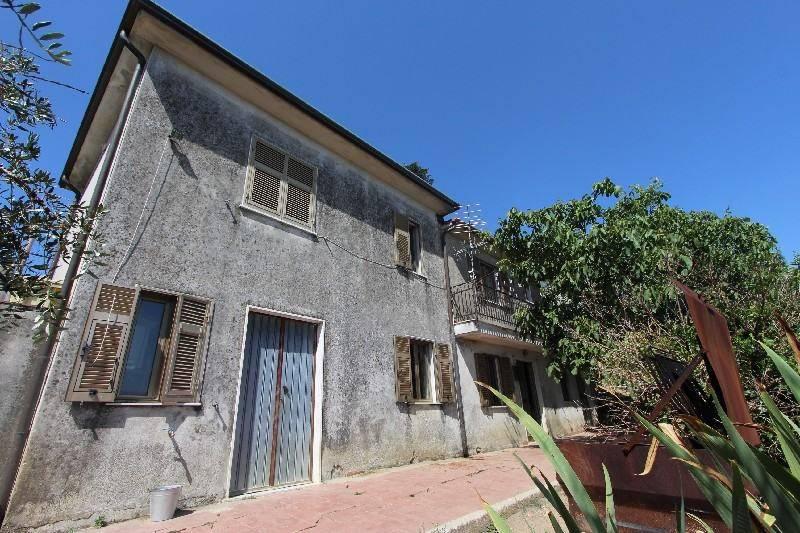 foto  Villa unifamiliare, buono stato, 72 mq, La Spezia