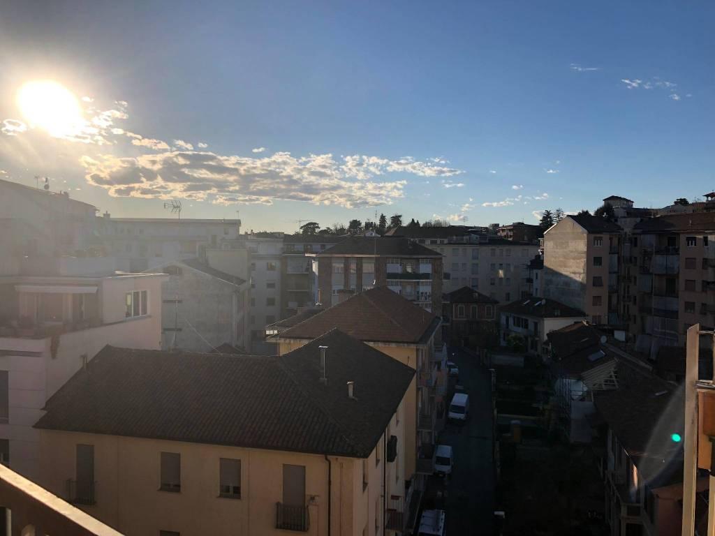 Foto 1 di Attico / Mansarda Via Secondo Arò25, Asti