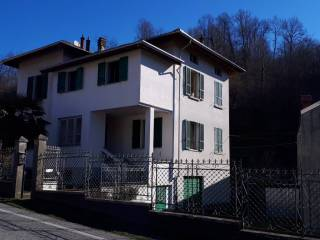 Foto - Villa unifamiliare via Giacomo Matteotti 32, Crevacuore