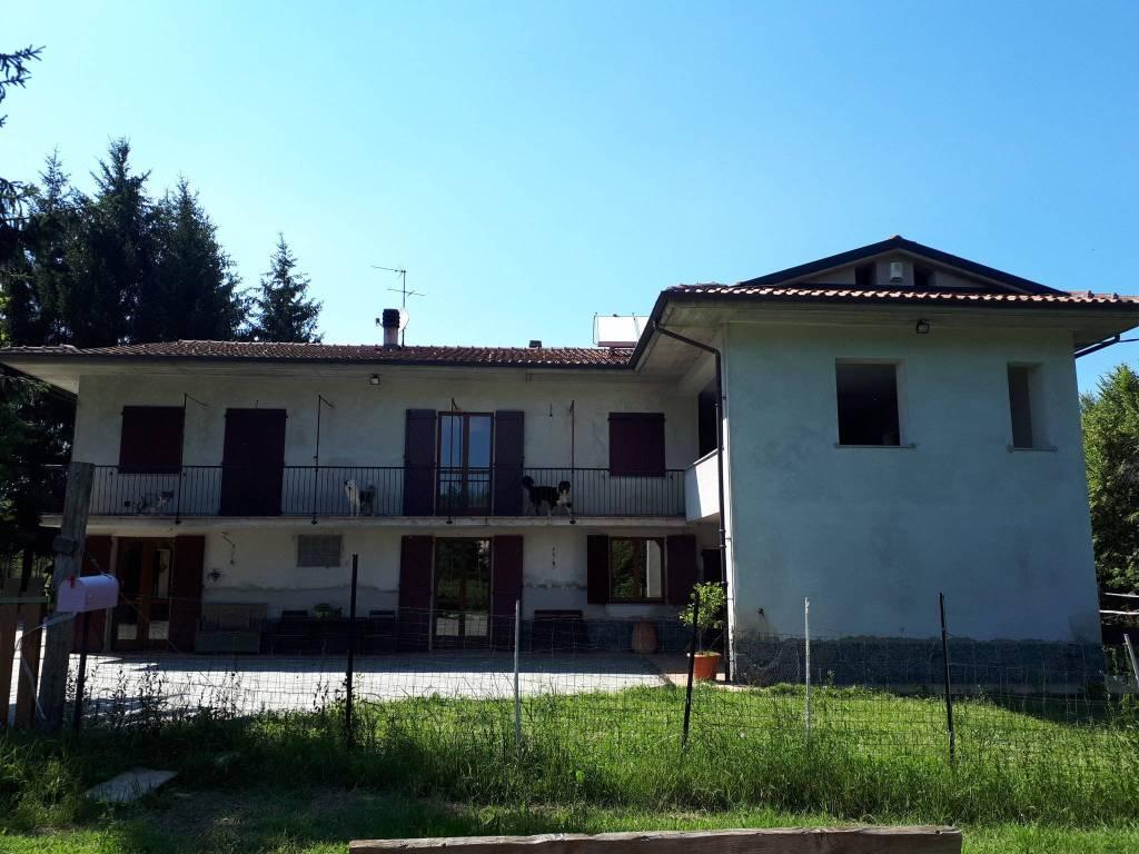 foto  Villa unifamiliare via Ascheri, Mombasiglio