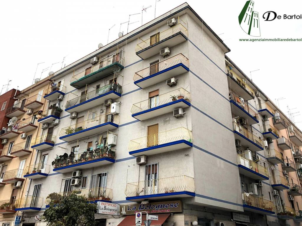 foto FACCIATA 3-room flat via Cagliari, Taranto