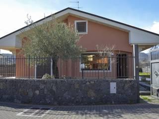 Foto - Villa unifamiliare via Tropea 69, Lavinaio, Aci Sant'Antonio