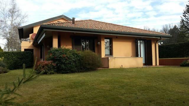 foto stabile Appartamento via delle Ginestre, Appiano Gentile