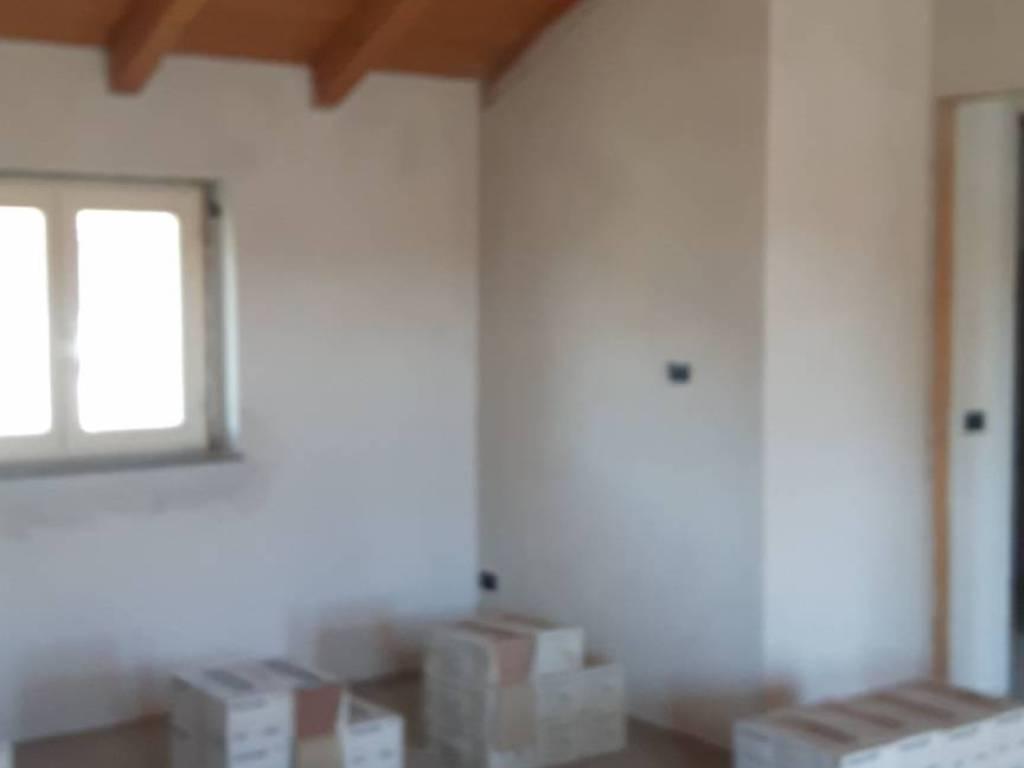 foto  Bilocale via San Francesco d'Assisi, Cameri