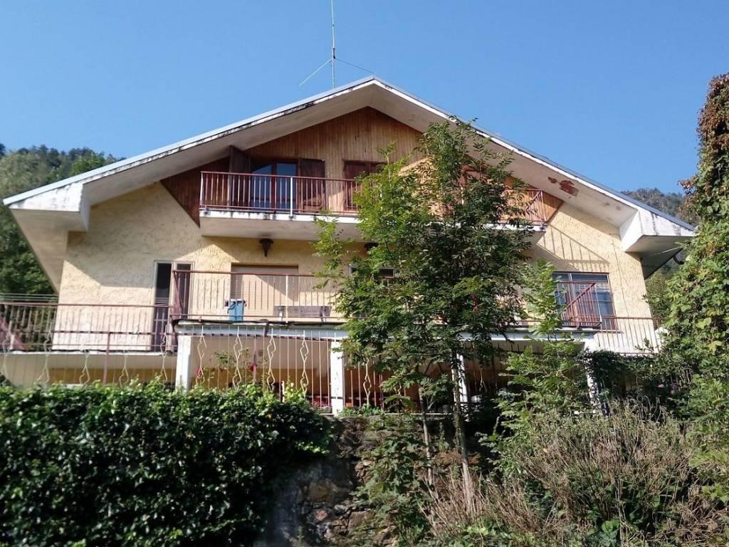 foto FACCIATA Villa bifamiliare Borgata Tisinelle 1, Germagnano