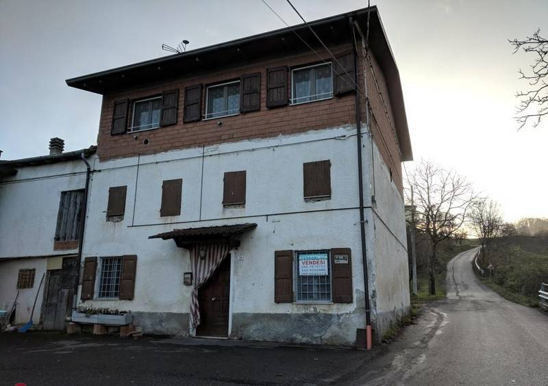 foto  Detached house 200 sq.m., good condition, Toano