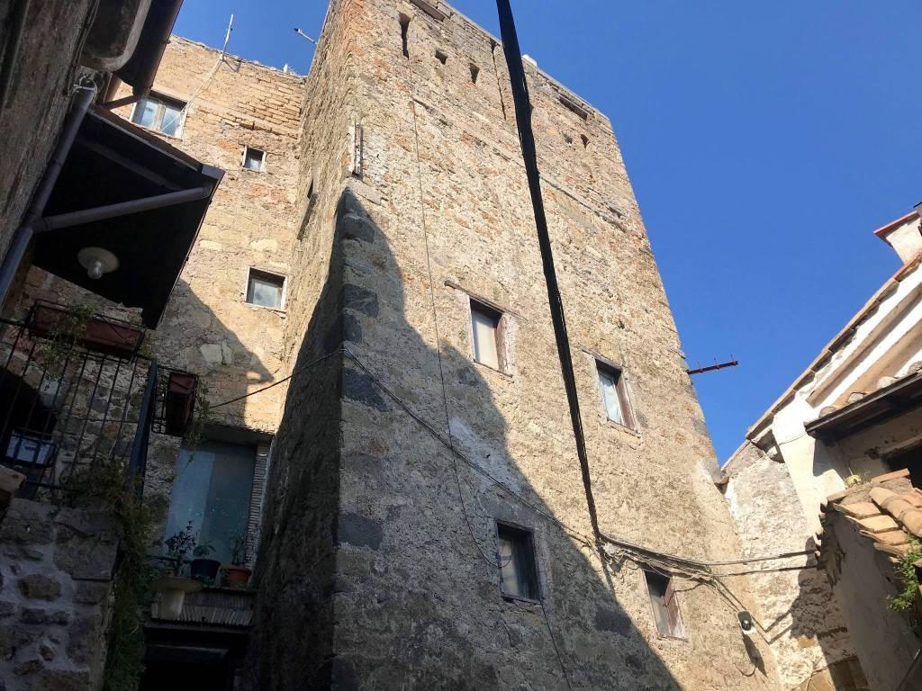 foto Torre Medievale Single-family townhouse vicolo del Montarello, Mazzano Romano