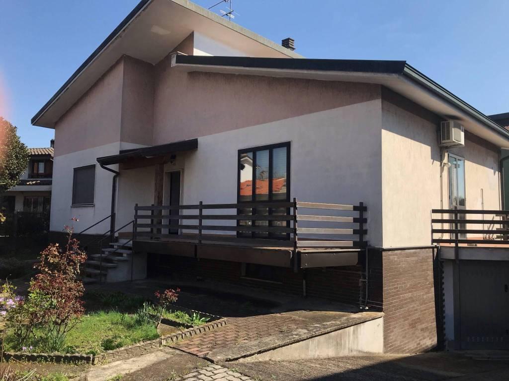 foto  Single family villa via Pietro Mascagni 2, Cusago