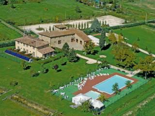 Foto - Villa plurifamiliare, ottimo stato, 21000 mq, Greve in Chianti