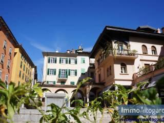 Foto - Trilocale piazza delle Erbe, Riva del Garda