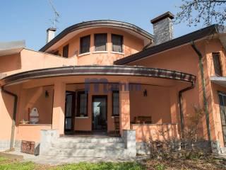 Foto - Villa unifamiliare viale della Repubblica 20, Pantigliate