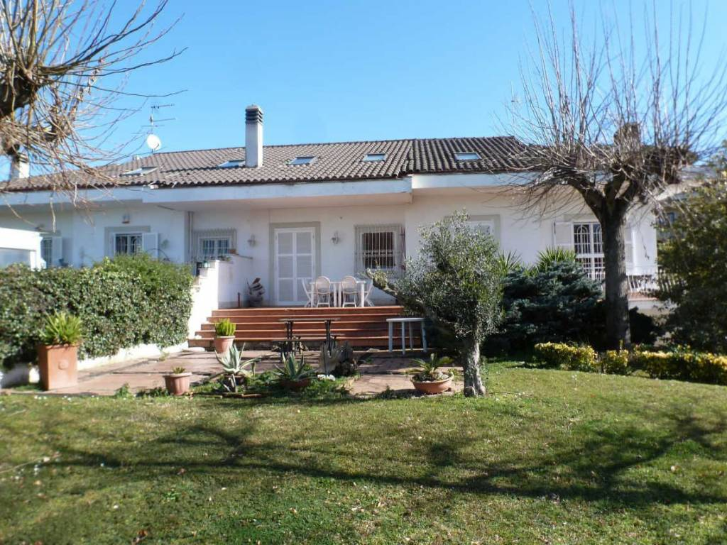 foto esterno Detached house 295 sq.m., good condition, Frascati