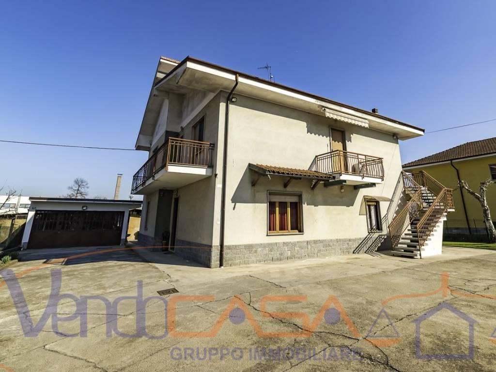 foto Esterno Detached house via Donizetti 2, Moretta
