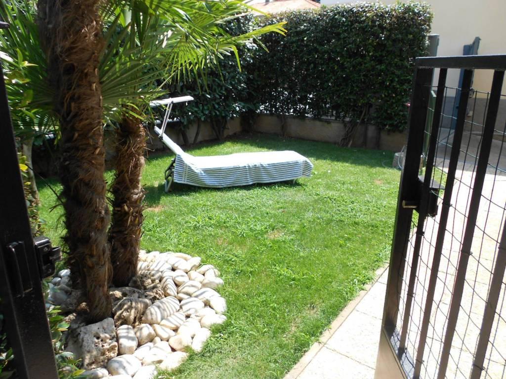 foto giardino 2-room flat via Roma 26, Canegrate