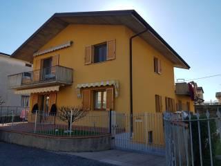 Foto - Appartamento in villa via Prealpi, Seriate