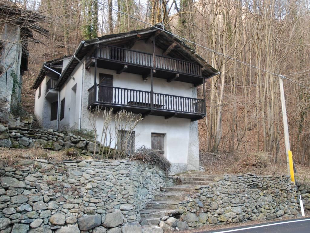 foto  Cabin Strada Provinciale della Valle di Viù, Viù