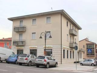 Foto - Quadrilocale buono stato, secondo piano, Montecchia di Crosara