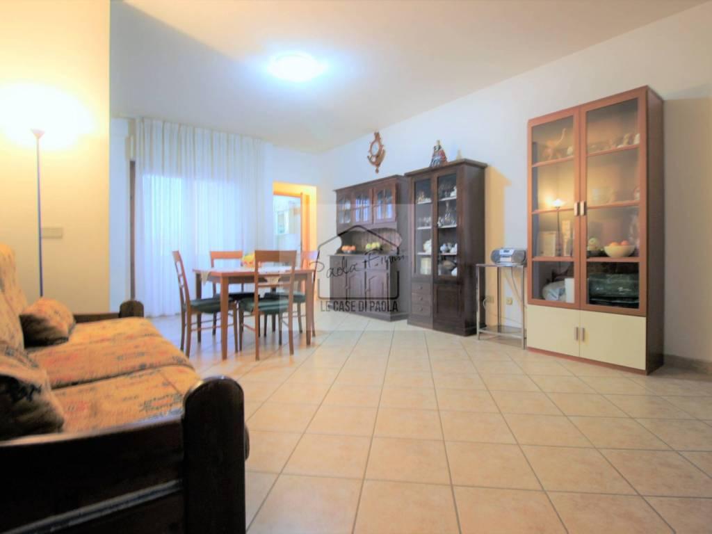 Vendita Appartamento Ardea. Trilocale in via Ischia. Balcone ...