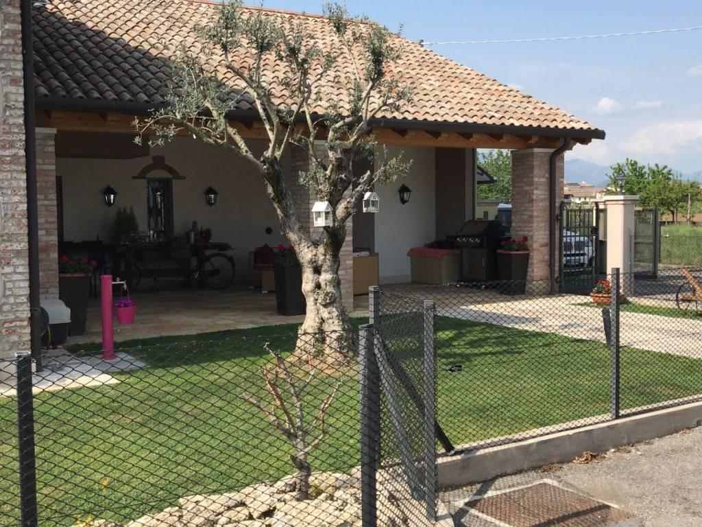 foto  Country house, good condition, 110 sq.m., Crocetta del Montello