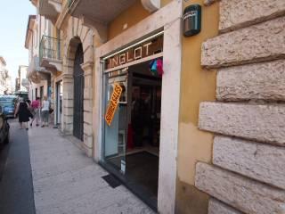 Annunci immobiliari affitto negozi e locali commerciali Verona ... 0f1c1eab214