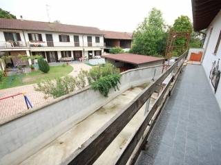 Foto - Villa bifamiliare via Gravellona, 13, Borgolavezzaro